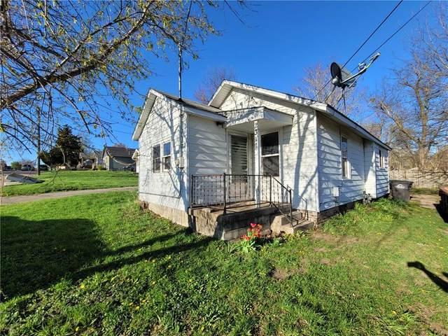 2311 E 40th Court, Des Moines, IA 50317 (MLS #627247) :: Moulton Real Estate Group