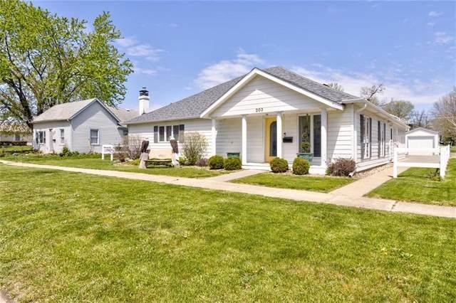 203 4th Street SE, Altoona, IA 50009 (MLS #628098) :: Pennie Carroll & Associates