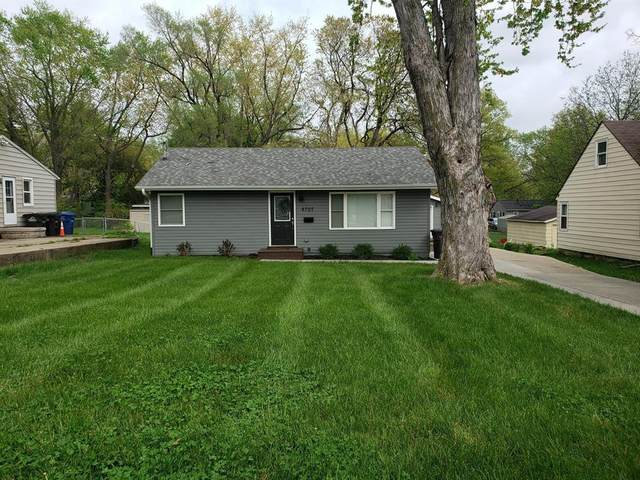 6707 SW 15th Street, Des Moines, IA 50315 (MLS #628342) :: EXIT Realty Capital City