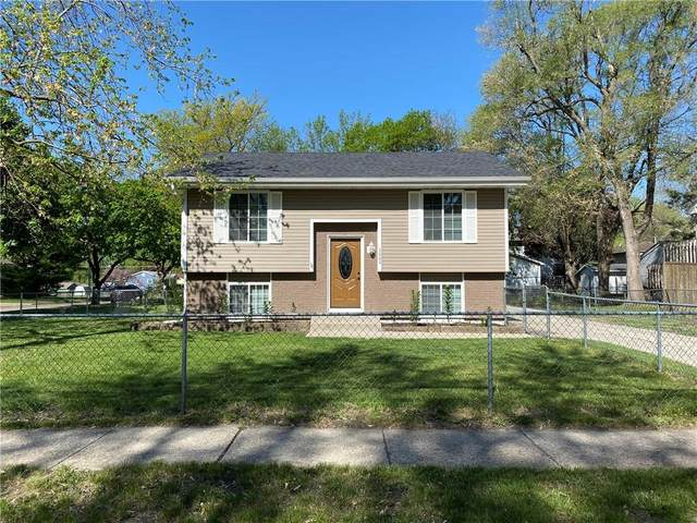 3000 E 42nd Court, Des Moines, IA 50317 (MLS #628560) :: Moulton Real Estate Group
