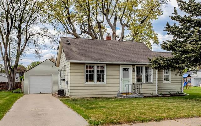 2508 E 41st Street, Des Moines, IA 50317 (MLS #628568) :: Moulton Real Estate Group