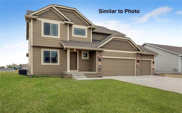 1401 NW Reinhart Drive, Ankeny, IA 50023 (MLS #628585) :: Better Homes and Gardens Real Estate Innovations