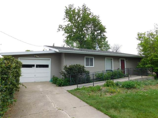 1519 10th Avenue, Grinnell, IA 50112 (MLS #629670) :: Moulton Real Estate Group