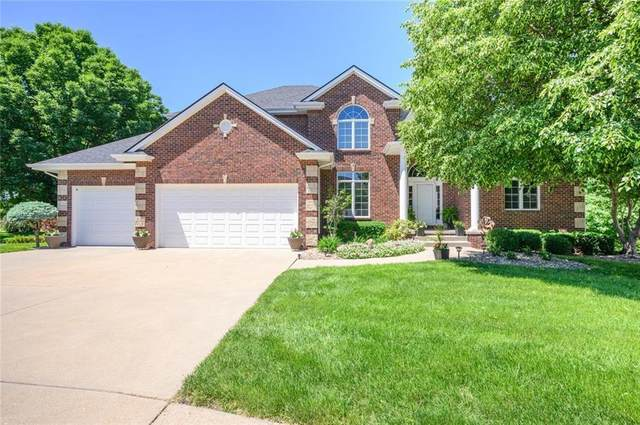 5639 Ponderosa Drive, West Des Moines, IA 50266 (MLS #631223) :: Pennie Carroll & Associates
