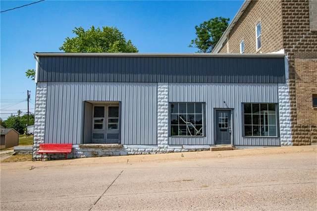 121 E Main Street, Lacona, IA 50139 (MLS #631621) :: Better Homes and Gardens Real Estate Innovations