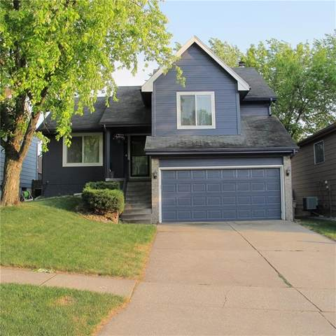 5320 Aspen Drive, West Des Moines, IA 50266 (MLS #631868) :: Better Homes and Gardens Real Estate Innovations