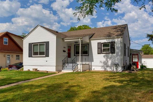 1716 62nd Street, Des Moines, IA 50322 (MLS #631951) :: Better Homes and Gardens Real Estate Innovations