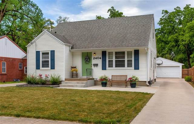 2404 51st Street, Des Moines, IA 50310 (MLS #631958) :: Better Homes and Gardens Real Estate Innovations