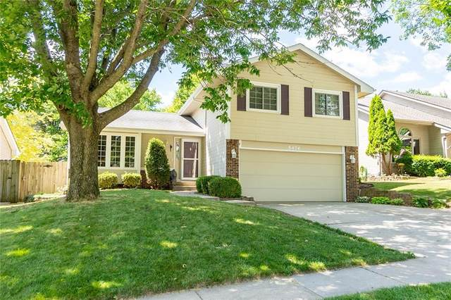 5476 Dakota Drive, West Des Moines, IA 50266 (MLS #631999) :: Better Homes and Gardens Real Estate Innovations