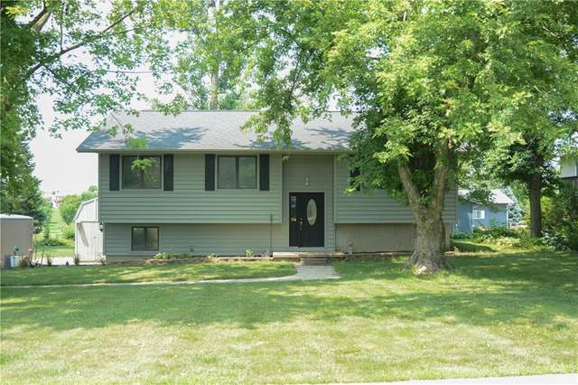 2007 Spring Street, Grinnell, IA 50112 (MLS #633083) :: Moulton Real Estate Group