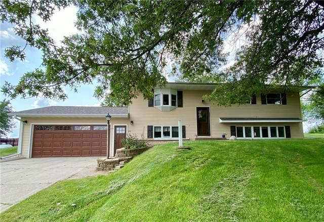 25 Eagle Drive, Grinnell, IA 50112 (MLS #633870) :: Pennie Carroll & Associates