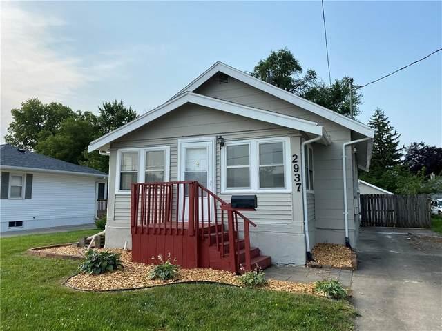 2937 Walker Street, Des Moines, IA 50317 (MLS #634462) :: Pennie Carroll & Associates