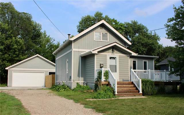 3145 49th Street, Des Moines, IA 50310 (MLS #634549) :: Better Homes and Gardens Real Estate Innovations