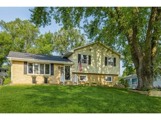 2092 NW 80th Place, Clive, IA 50325 (MLS #634625) :: Better Homes and Gardens Real Estate Innovations
