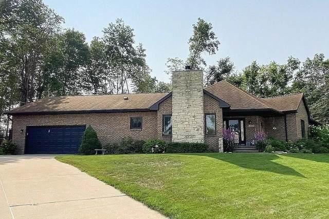 1503 Hidden Hollow Lane NW, Cedar Rapids, IA 52405 (MLS #634795) :: Pennie Carroll & Associates