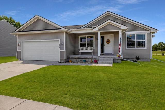2205 Sunflower Street, Perry, IA 50220 (MLS #634885) :: Moulton Real Estate Group