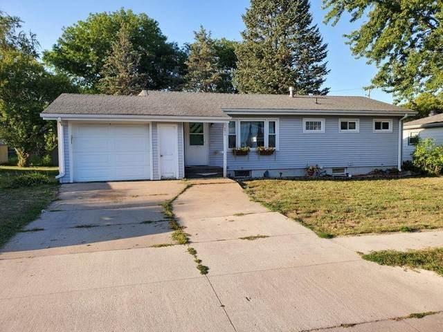 2412 Ellis Avenue, Iowa Falls, IA 50126 (MLS #635993) :: Pennie Carroll & Associates