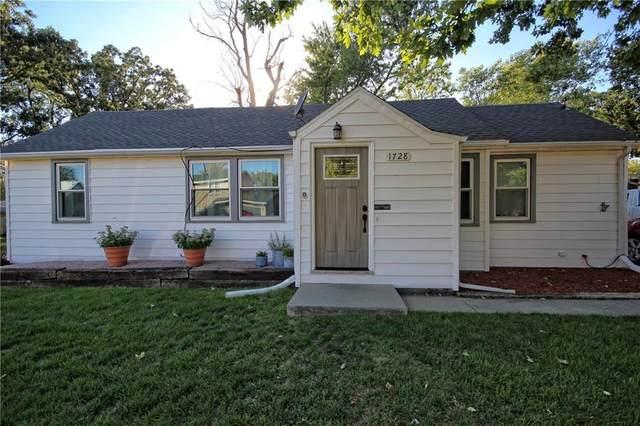 1728 4th Street, Nevada, IA 50201 (MLS #637151) :: Pennie Carroll & Associates