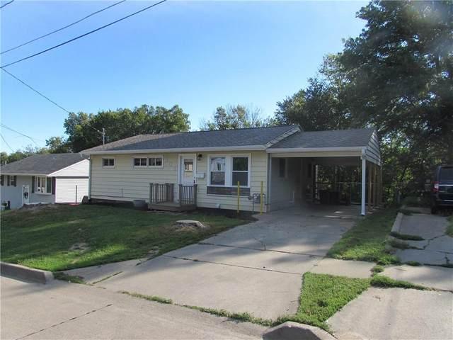805 S Dayton Street, Knoxville, IA 50138 (MLS #637208) :: Pennie Carroll & Associates