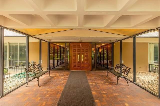 3663 Grand Avenue #101, Des Moines, IA 50312 (MLS #637910) :: Pennie Carroll & Associates