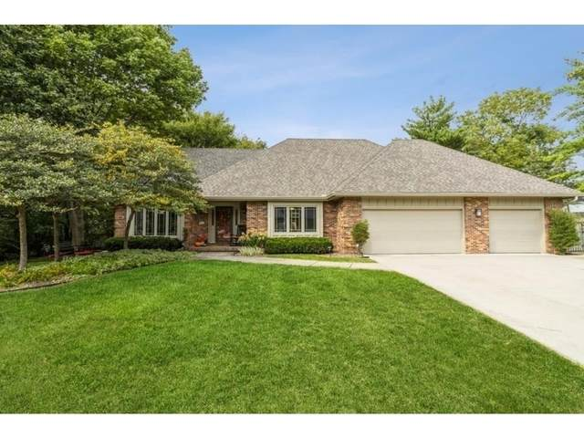 916 54th Street, West Des Moines, IA 50266 (MLS #638115) :: Better Homes and Gardens Real Estate Innovations