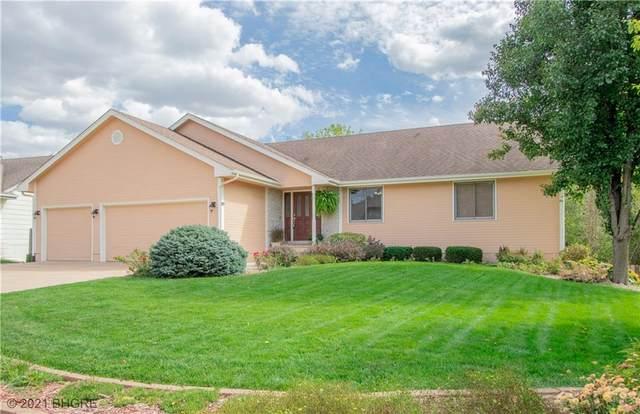 2513 E Leach Avenue, Des Moines, IA 50320 (MLS #638116) :: Pennie Carroll & Associates