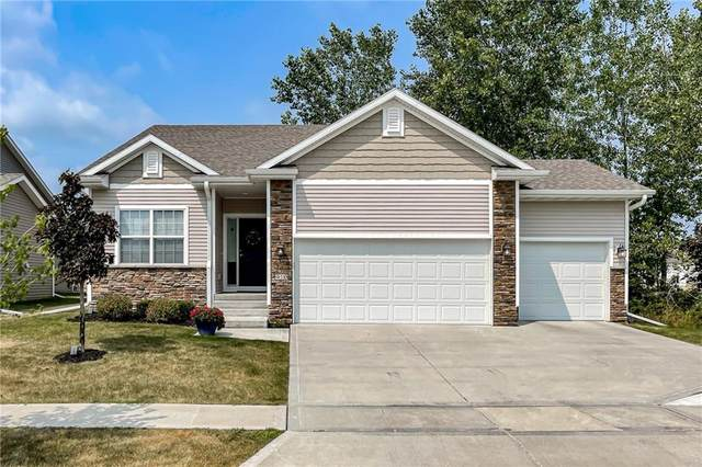 910 Wolf Creek Drive, Polk City, IA 50226 (MLS #639262) :: Better Homes and Gardens Real Estate Innovations