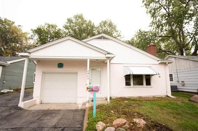 2405 E 28th Street, Des Moines, IA 50317 (MLS #639372) :: Pennie Carroll & Associates