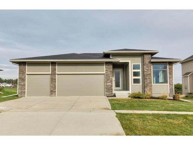 9801 Brightwater Drive, Johnston, IA 50131 (MLS #639487) :: Better Homes and Gardens Real Estate Innovations