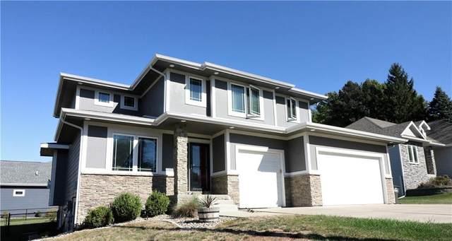 3215 Stanton Avenue, Des Moines, IA 50321 (MLS #639701) :: Pennie Carroll & Associates