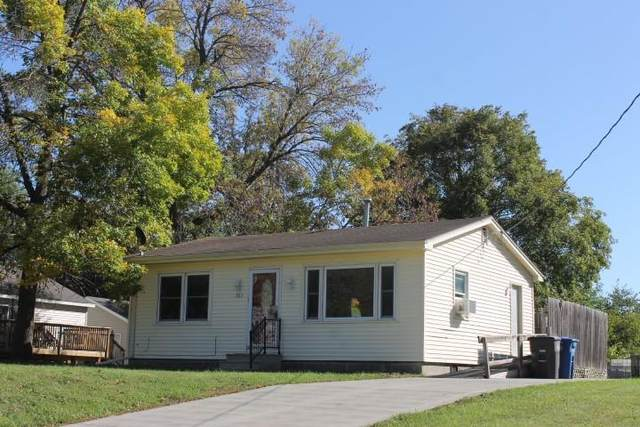 721 E Park Avenue, Des Moines, IA 50315 (MLS #639752) :: Better Homes and Gardens Real Estate Innovations
