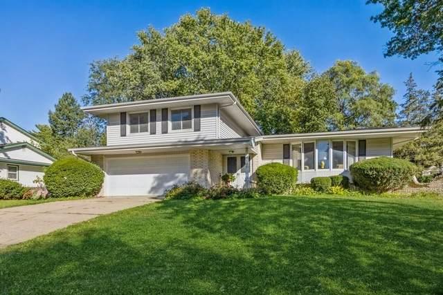 935 41st Street, West Des Moines, IA 50265 (MLS #639869) :: Pennie Carroll & Associates