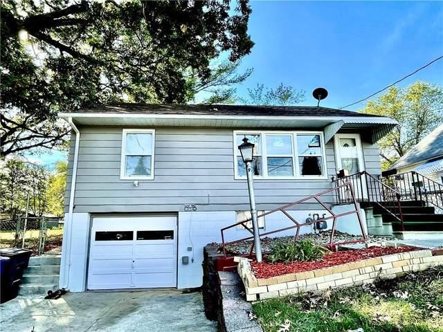 2814 Hickman Road, Des Moines, IA 50310 (MLS #639888) :: Pennie Carroll & Associates