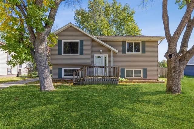 403 SE Little Beaver Drive, Grimes, IA 50111 (MLS #639910) :: Better Homes and Gardens Real Estate Innovations