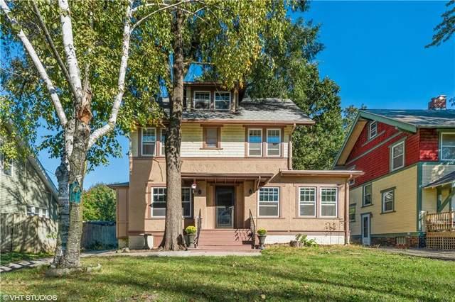 1717 E 13th Street, Des Moines, IA 50316 (MLS #639987) :: Pennie Carroll & Associates