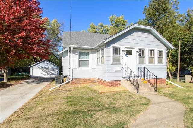 1601 Leland Avenue, Des Moines, IA 50315 (MLS #640066) :: Pennie Carroll & Associates