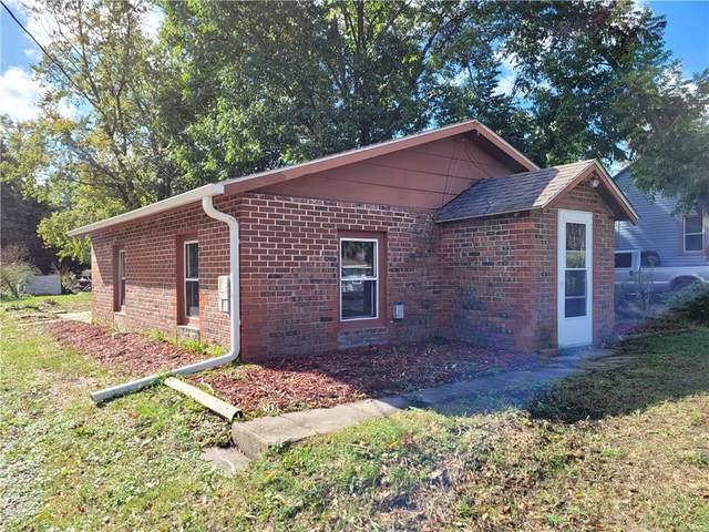 2865 NE Norwood Lane, Des Moines, IA 50317 (MLS #640076) :: Pennie Carroll & Associates