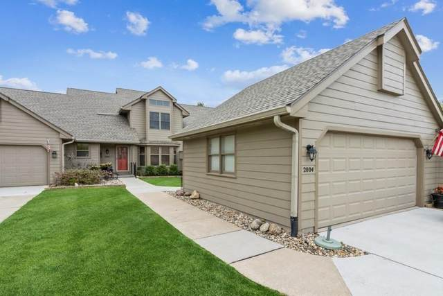 2004 Elm Circle, West Des Moines, IA 50265 (MLS #640269) :: Better Homes and Gardens Real Estate Innovations