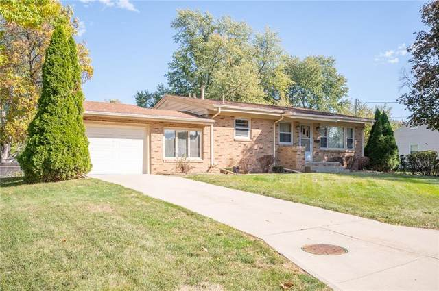 2007 Merklin Way, Des Moines, IA 50310 (MLS #640351) :: Better Homes and Gardens Real Estate Innovations