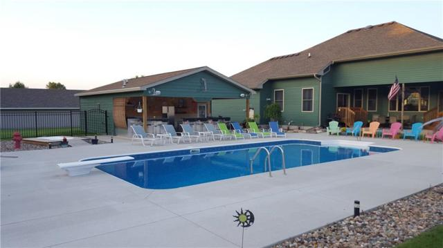 6718 NE 17th Street, Des Moines, IA 50313 (MLS #555443) :: Moulton & Associates Realtors