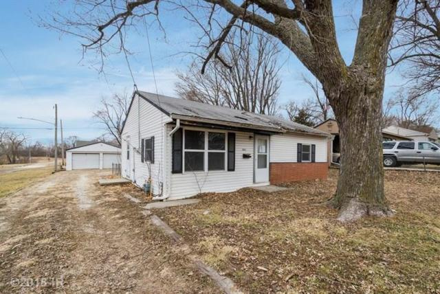 6912 SW 15th Street, Des Moines, IA 50315 (MLS #556235) :: Colin Panzi Real Estate Team
