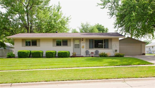 210 W Larson Street W, Knoxville, IA 50138 (MLS #562777) :: Moulton & Associates Realtors