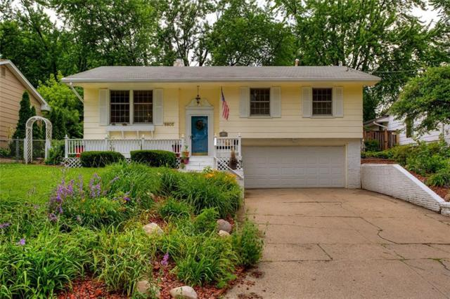 6605 Lincoln Avenue, Windsor Heights, IA 50324 (MLS #563409) :: Better Homes and Gardens Real Estate Innovations
