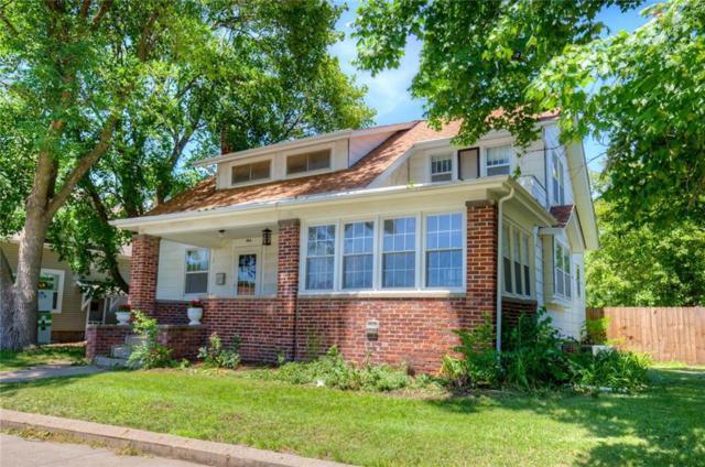 104 W Euclid Avenue, Indianola, IA 50125 (MLS #564617) :: Pennie Carroll & Associates