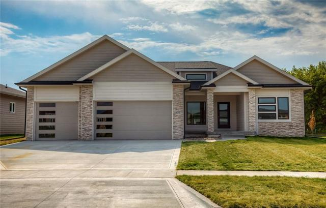 820 NE Badger Lane, Waukee, IA 50263 (MLS #565140) :: Better Homes and Gardens Real Estate Innovations