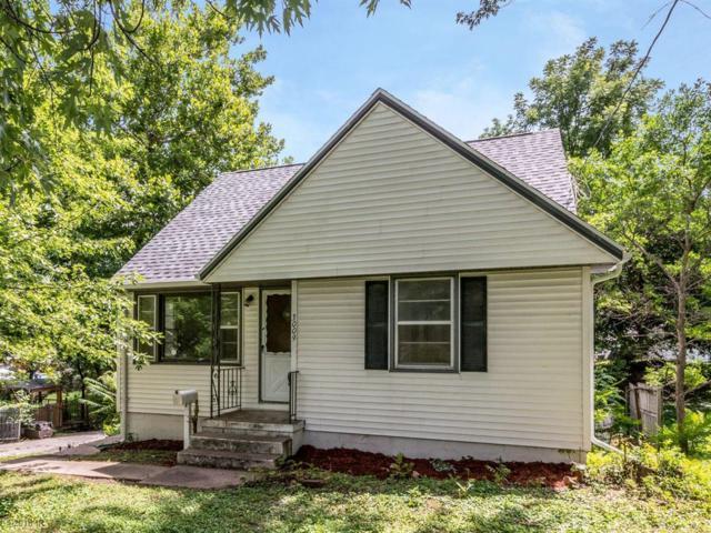 3009 61st Street, Des Moines, IA 50322 (MLS #565627) :: Moulton & Associates Realtors