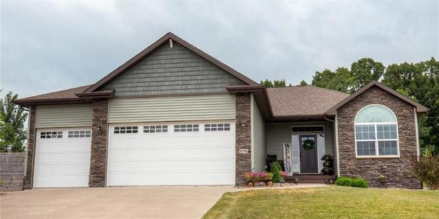 9296 Sugar Creek Circle, West Des Moines, IA 50266 (MLS #565782) :: Pennie Carroll & Associates
