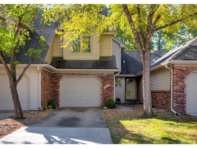 6834 Oakwood Drive, Urbandale, IA 50322 (MLS #571303) :: Moulton & Associates Realtors