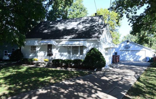 7109 Madison Avenue, Urbandale, IA 50322 (MLS #571358) :: Colin Panzi Real Estate Team