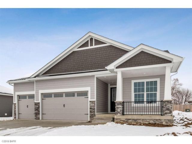 6141 Aspen Drive, West Des Moines, IA 50266 (MLS #575107) :: Colin Panzi Real Estate Team